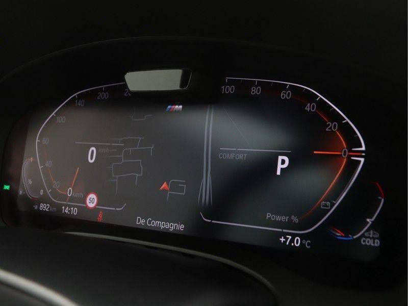 BMW 5 Serie Sedan 520i High Executive M-Sport Automaat afbeelding 3