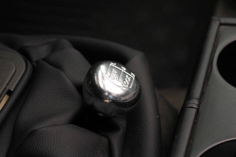Land Rover Defender 110 Cabrio LS V8 aut. Uniek! afbeelding 24