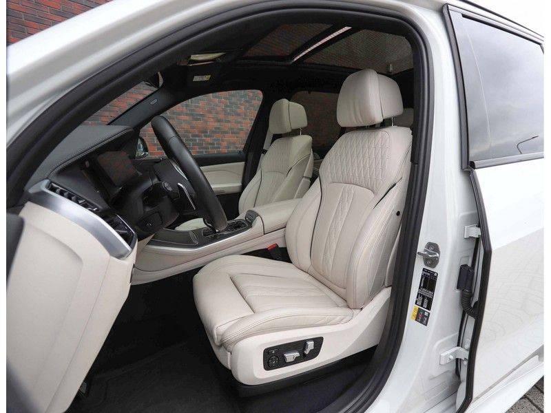 BMW X5 xDrive45e High Executive *Luchtvering*HUD*Pano*Laser*Harman/kardon* afbeelding 24