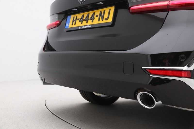 BMW 3 Serie Touring 320d High Executive Luxury Line Automaat Euro 6 afbeelding 16