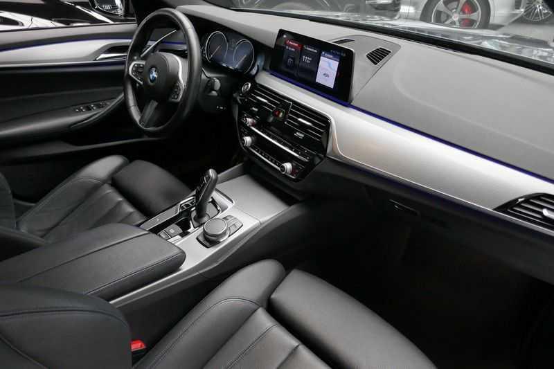 BMW 5 Serie 530d High Executive M-Sport afbeelding 19