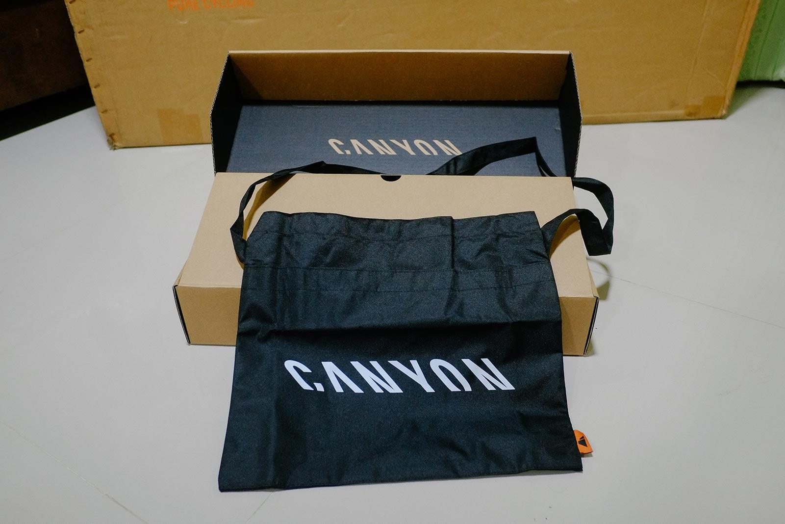 กระเป๋า Canyon