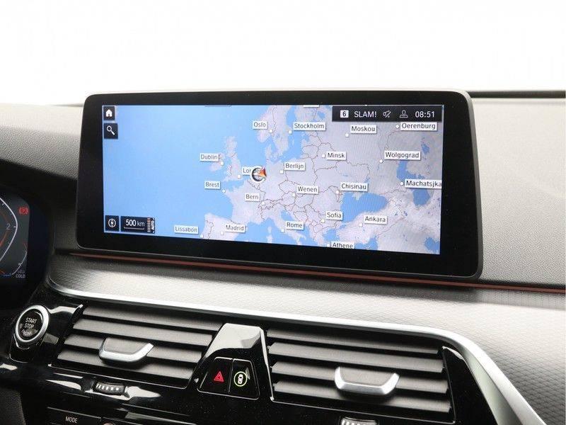 BMW 5 Serie 520d Sedan High Exe M-Sport afbeelding 18