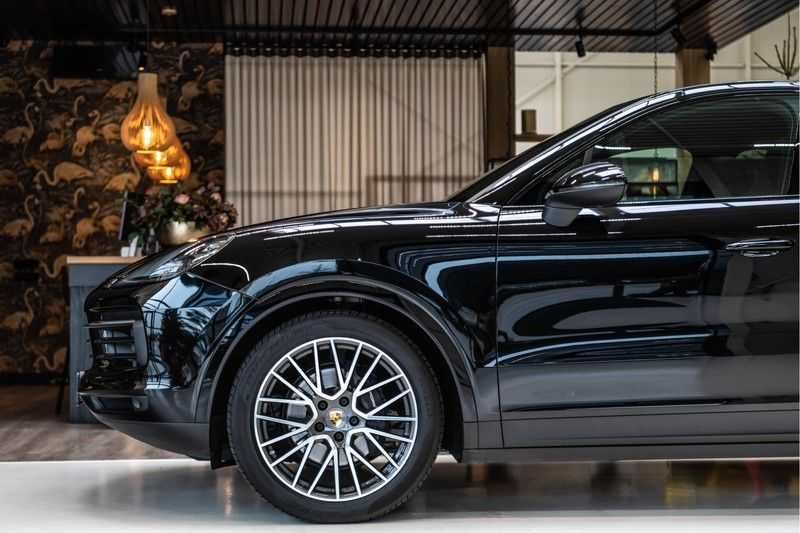 Porsche Cayenne Coupé 3.0 | BOSE | Adaptieve luchtvering | Led-Matrix | Licht Design pakket afbeelding 25