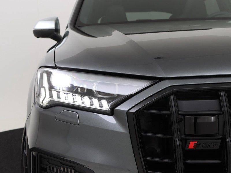 Audi Q7 4.0 TFSI SQ7 quattro 7p 507PK | S-Line | Pano.Dak | 360 Camera | B&O Sound | Keyless-Entry | S-Sportstoelen | Assistentie Tour-City-Parking | 7 Persoons afbeelding 16