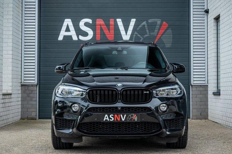 BMW X5 M, 575 PK, Pano/Dak, Leder Merino, Head/Up, Keyless, Soft/Close, Harman/Kardon, Surround View, LED, 22'' Breyton RS, 2016!! afbeelding 23