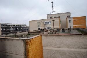 Un acoperis de bloc din Tineretului