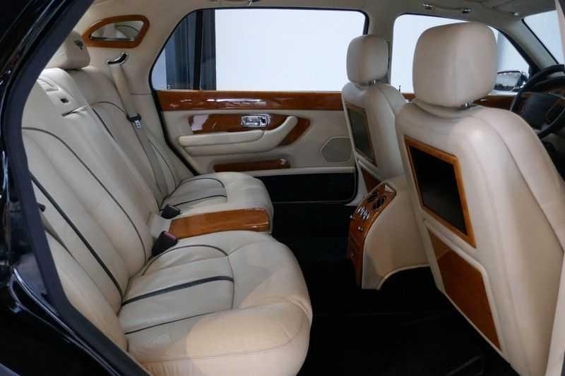 Bentley Arnage 6.8 V8 T Mulliner LWB (1 van 95 st) Youngtimer . afbeelding 22