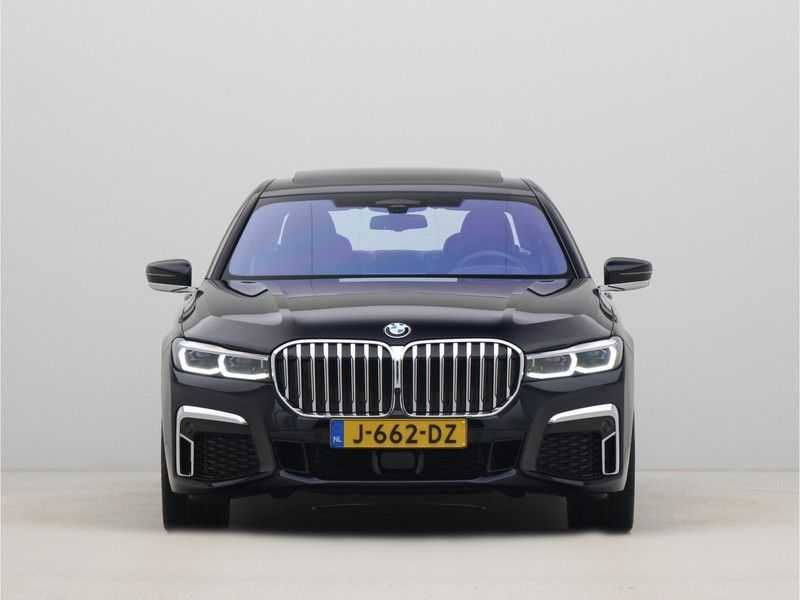 BMW 7 Serie 745e High Executive M-Sport Automaat afbeelding 10
