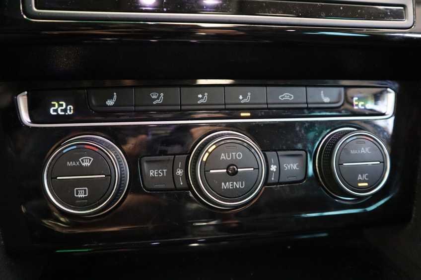 Volkswagen Passat Variant 1.4 TSI GTE Highline Panoramadak 360 Camera Navi Full LED  MARGE afbeelding 6