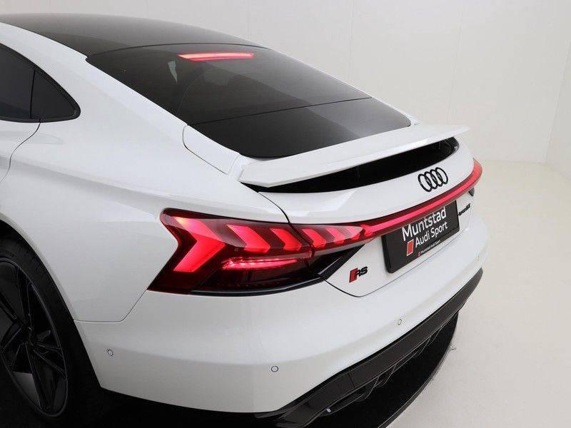 Audi e-tron GT RS   Stoelventilatie/Massage   Head-Up   Carbon   Matrix LED   360 Camera   Nachtzicht   afbeelding 14