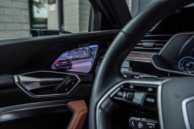 Audi e-tron 55 quattro advanced Pro Line Plus, 408 PK, 4% Bijtelling, Luchtvering, Surround View, Stad/Tour Pakket, B&O, EX. BTW!! afbeelding 24