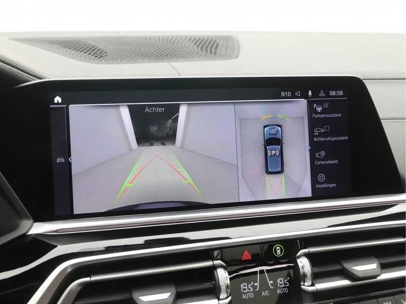 BMW X5 xDrive 45e High Executive M-Sport Automaat afbeelding 13