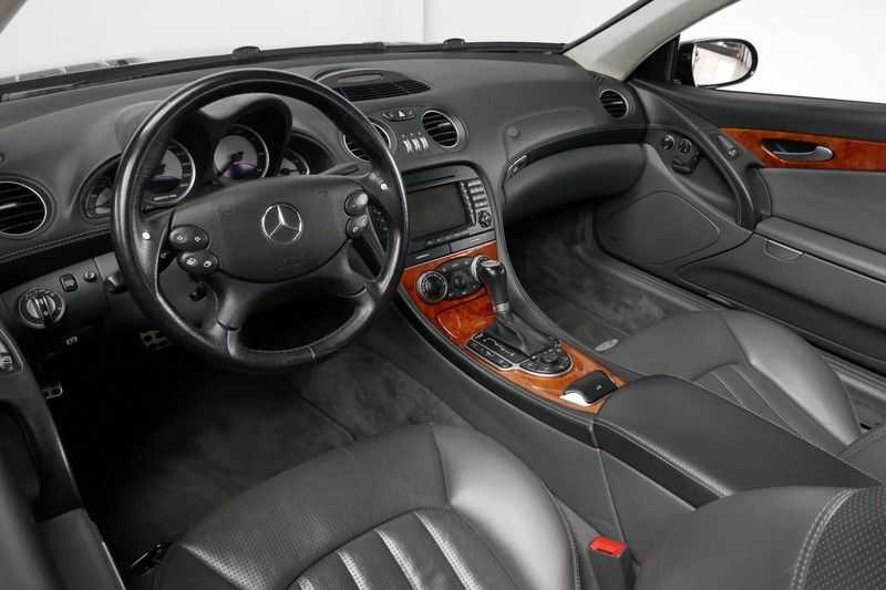 Mercedes-Benz SL-Klasse 65 AMG V12 afbeelding 22