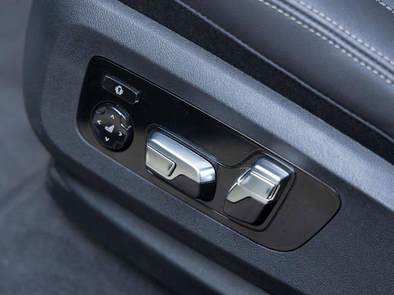 BMW X6 xDrive40i High Executive - M-Sport - Trekhaak - Head-up - Driving Ass Prof afbeelding 22