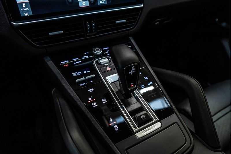 Porsche Cayenne Coupé 3.0 | BOSE | Adaptieve luchtvering | Led-Matrix | Licht Design pakket afbeelding 24