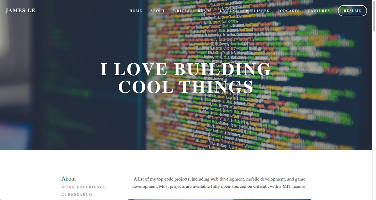 """A screen grab of James Le's data analytics portfolio with the headline """"I love building cool things"""""""