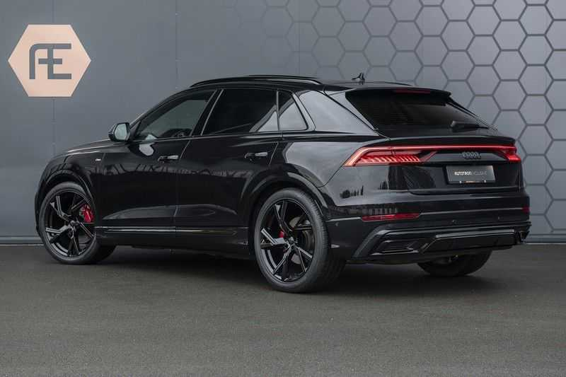 Audi Q8 55 TFSI quattro Pro Line S 3x S-Line! Black pack, 4-wiel-best. / Massage, Verw. & Koelb. stoelen, Bang & Olufsen 3D + Elek.Haak + Ambiente verlichting afbeelding 3