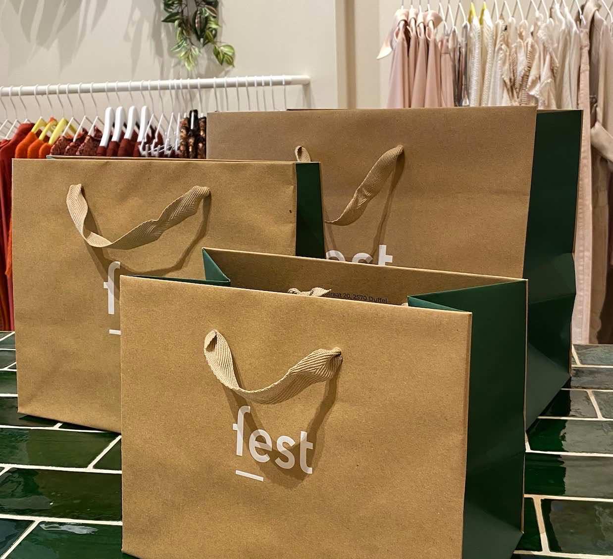 Private shopping bags, 6 personen op afspraak in de winkel bij Steffi