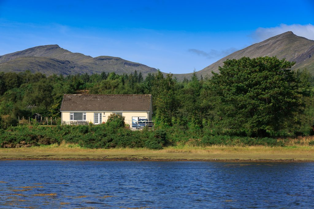 Fingal Cottage by the river