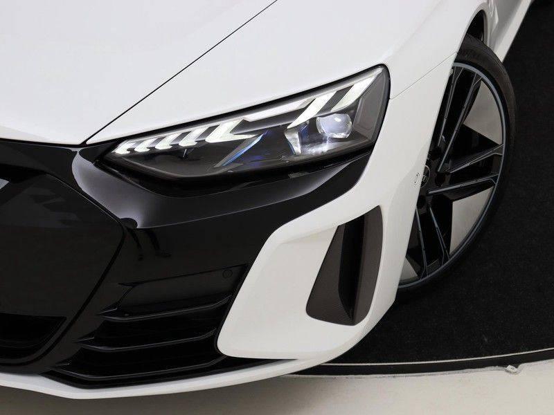 Audi e-tron GT RS   Stoelventilatie/Massage   Head-Up   Carbon   Matrix LED   360 Camera   Nachtzicht   afbeelding 20