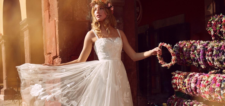 Wtoo by Watters Wedding Dress Cambridge