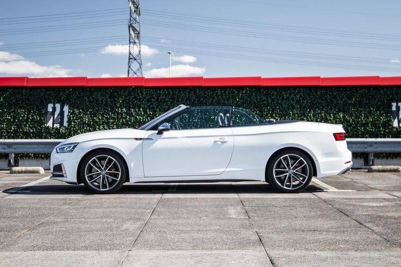 Audi S5 Cabriolet 3.0 TFSI S5 quattro | 354 PK | S-Line | B&O Sound | Assistentie City-Parking | S-Sportstoelen | Virtual Cockpit | Keyless-entry | Massage-Stoelen | afbeelding 5