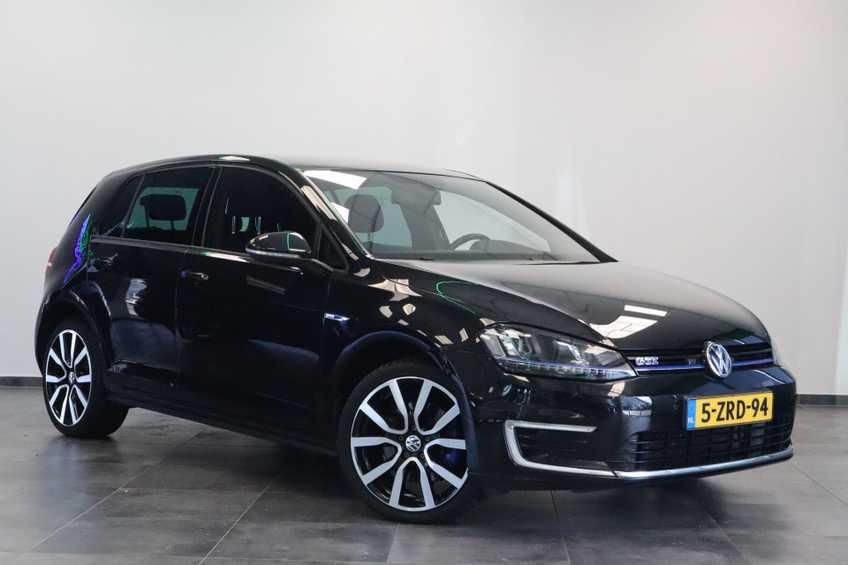 "Volkswagen Golf 1.4 TSI GTE MARGE! Navigatie ClimateControl CruiseControl 18""LM"