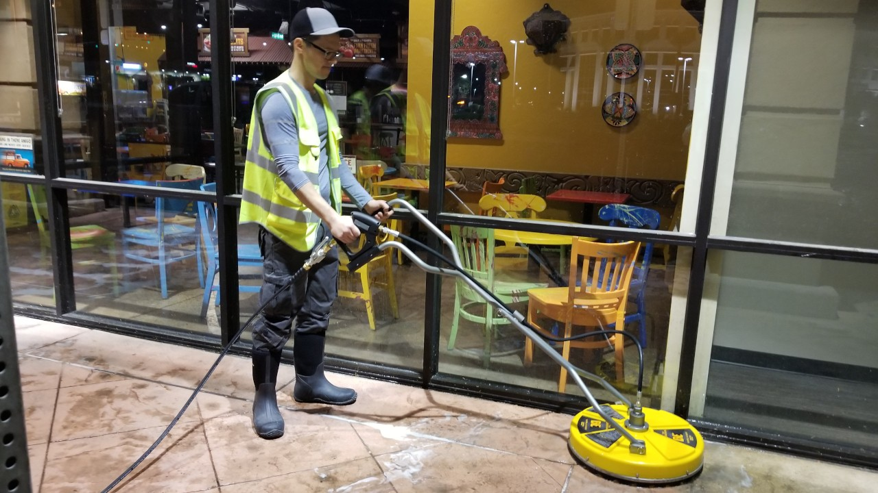 pressure-washing-cafe-rio-storefront-and-siding--cleaning-12