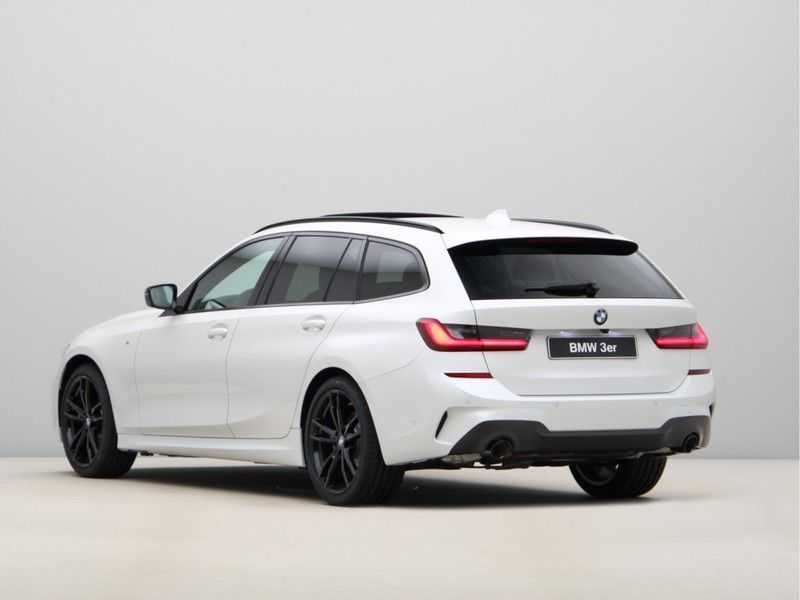 BMW 3 Serie Touring 318i Exe M-Sport Aut. afbeelding 11
