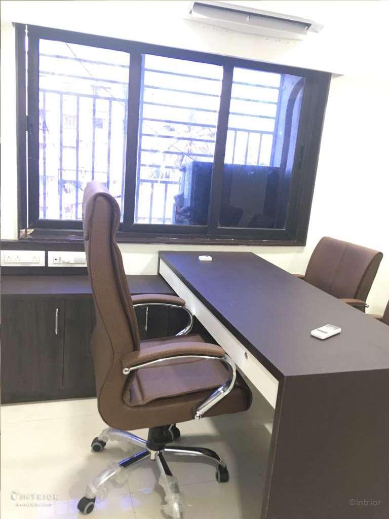 Executive Table Design
