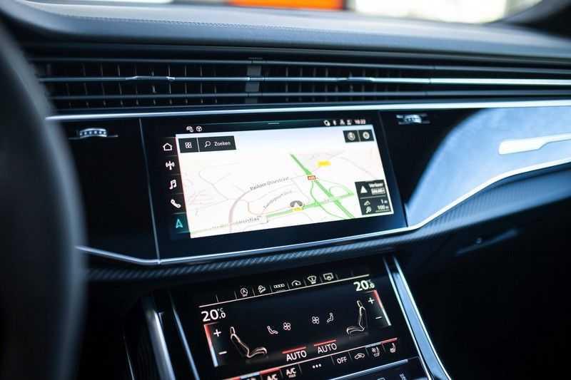 "Audi RS Q8 4.0 TFSI Quattro *RS-Dynamic Plus / Keramisch / Massage / HUD / 23"" / B&O* afbeelding 6"