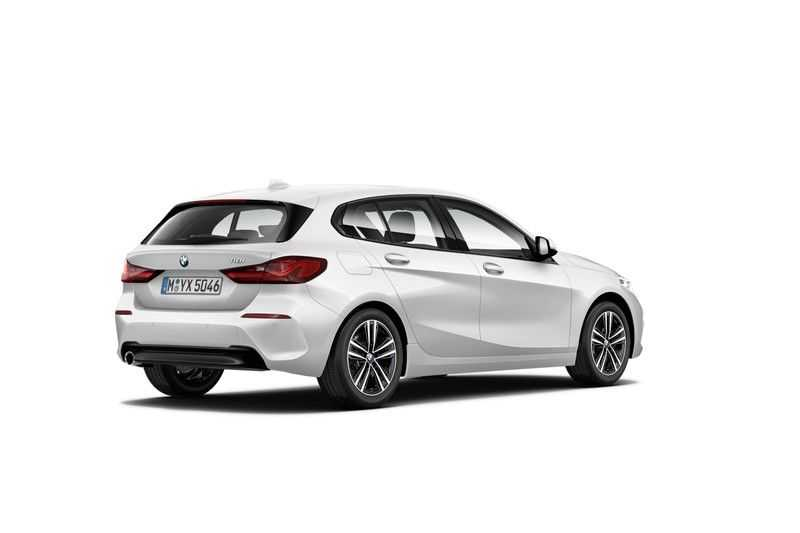 BMW 1 Serie 118i Executive Edition Sport Line afbeelding 3