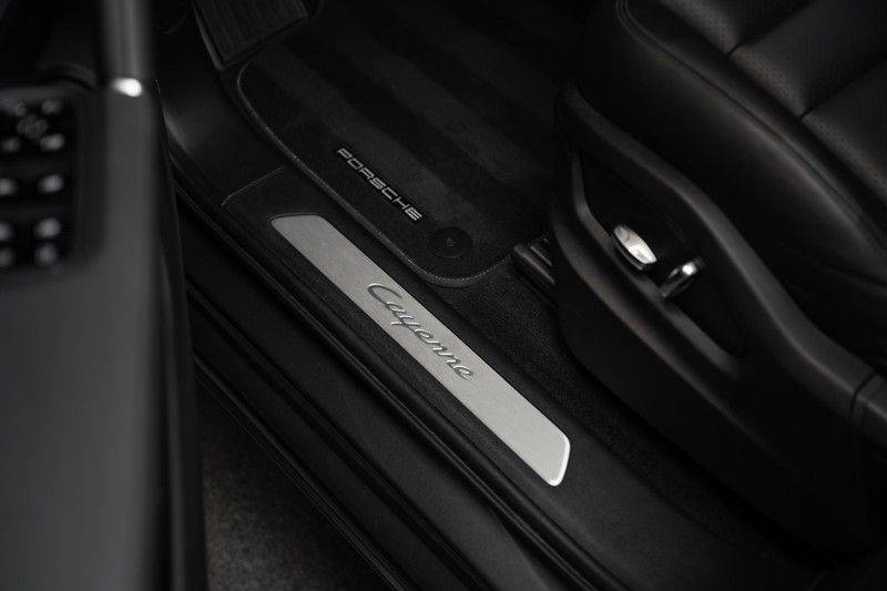 Porsche Cayenne E-Hybrid Sport Design Pakket 22 Turbo Softclose Pano Luchtvering 3.0 E-Hybrid afbeelding 21