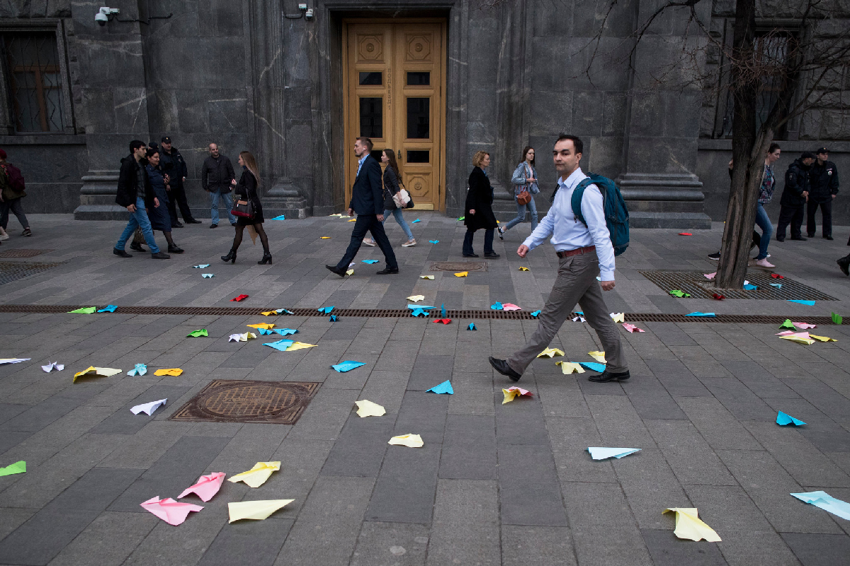 Demonstrators in Russia protest against ban on messaging app Telegram