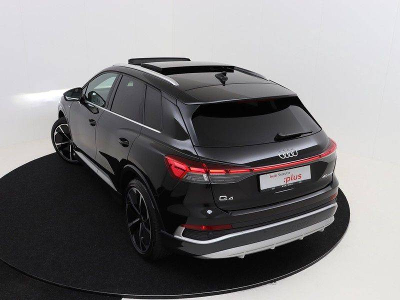 Audi Q4 40 e-tron Launch edition S Competition | Panoramadak | Lederen bekleding | Sonos | Head-up display afbeelding 15