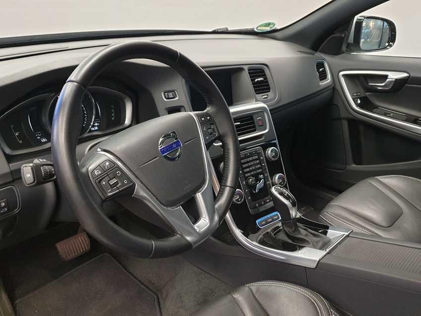 "Volvo V60 2.4 D6 Twin Engine Summum EX BTW Blis Xenon Opendak Navi AD Cruise 18""LM afbeelding 15"