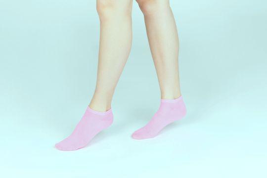 ¿Qué causa el mal olor de pies y cómo se elimina? - Featured image