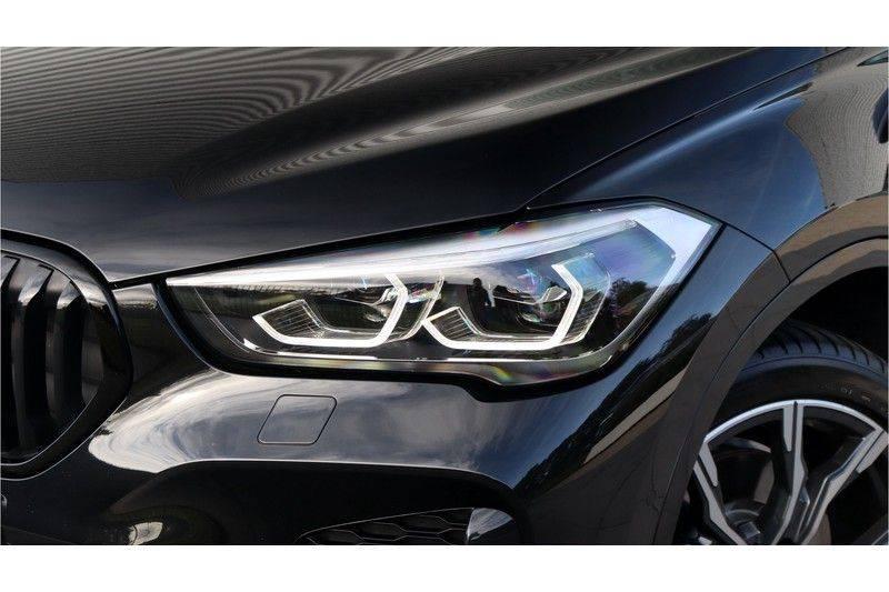 BMW X1 xDrive20i High Executive M Sport Panoramadak, Head Up Display, Trekhaak afbeelding 7