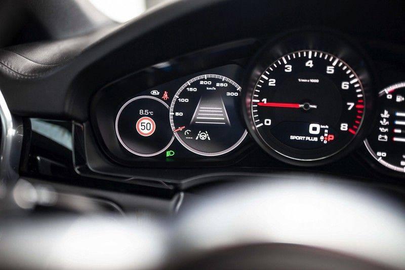 Porsche Cayenne 2.9 S Coupé *BOSE / Sportdesign / 4 Wielbesturing / Memory / Sport Chrono / HUD* afbeelding 12