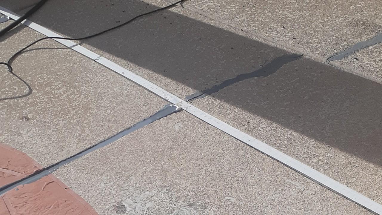 concrete-pool-deck-restoration-2--fixing-08