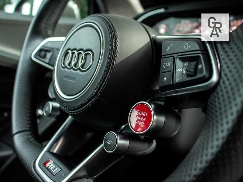 Audi R8 5.2 FSI quattro Plus afbeelding 14