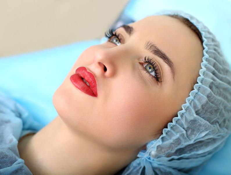 Microblading vs Permanent Makeup Brows