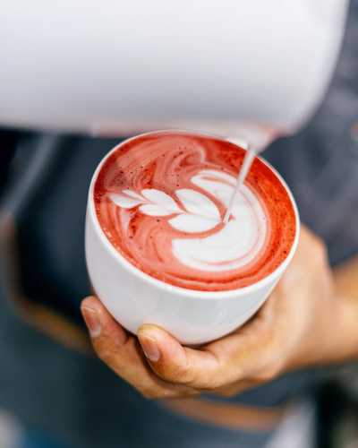 Beat the midweek blues with some Beetroot Latte action. No artificial coloring and natural ingredients only, made for those desiring a non-caffeine and healthy alternative. . . . #whatsontapkl #plazamontkiara #montkiara #midweek #pushthrough #eatdrinkkl #coffeeshop #cafehopkl #malaysiancafes #malaysianfood #igersmalaysia