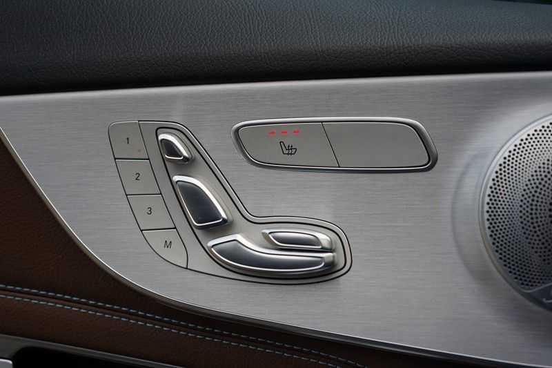 Mercedes-Benz C-Klasse Coupé 300 Prestige afbeelding 21