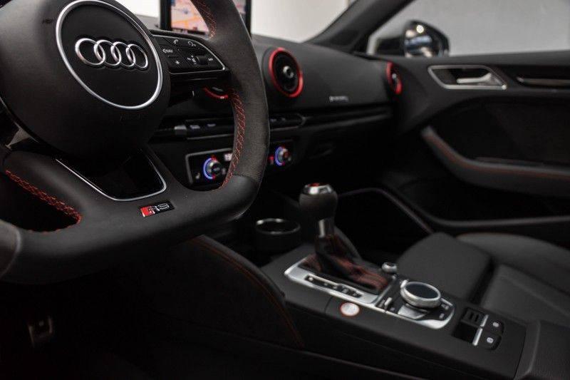 "Audi RS3 Sportback 2.5 TFSI 400pk Quattro Panoramadak BlackOptic B&O Sportstoelen Led-Matrix Navi/MMI DriveSelect Carbon ACC Keyless Camera 19"" Pdc afbeelding 18"