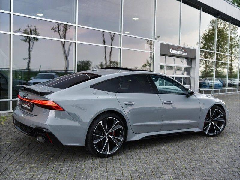 Audi RS7 Sportback 4.0TFSI 600pk Quattro Black Optic Laser-Led Softclose Head-Up Leder-dash RS-Zetels 22-Inch 360Camera afbeelding 2