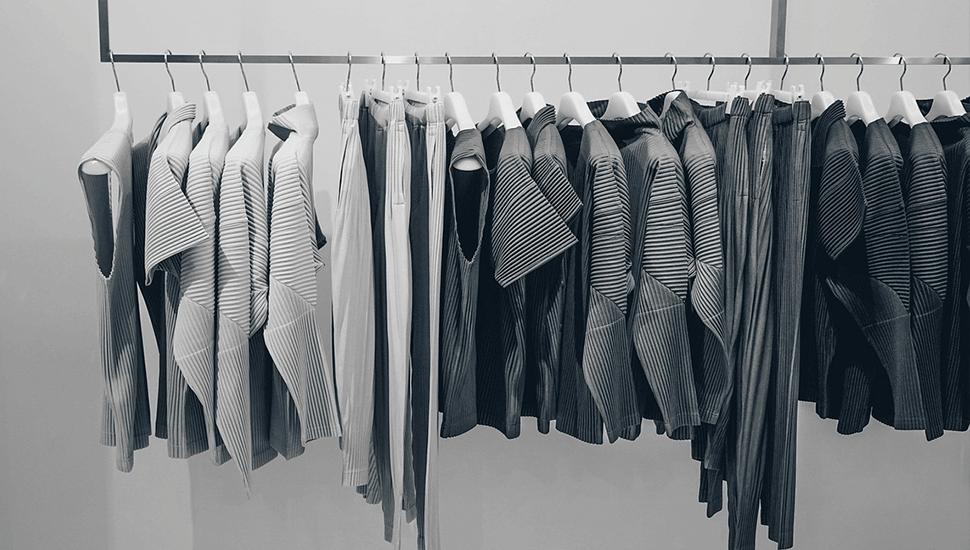 Basplagg i garderoben