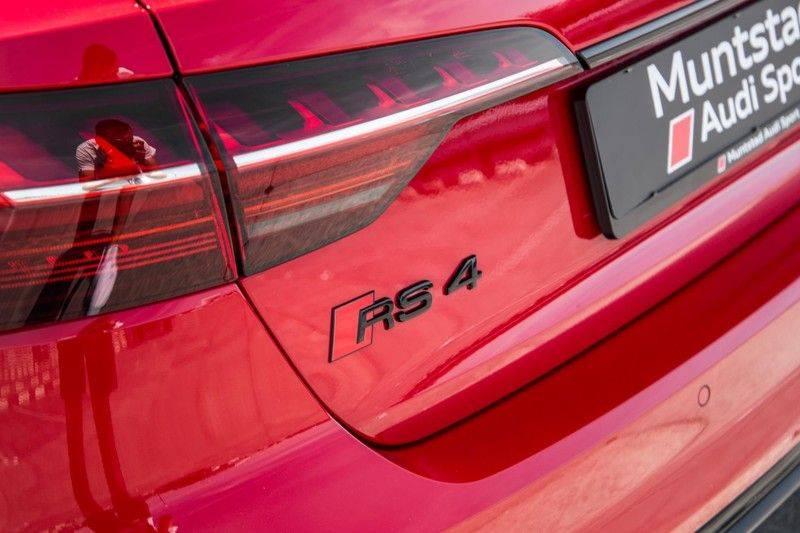 Audi RS4 Avant 2.9 TFSI quattro   450PK   Sportonderstel Plus   Panoramadak   Inleg Carbon   B&O   Sportdifferentieel   Head-up afbeelding 16