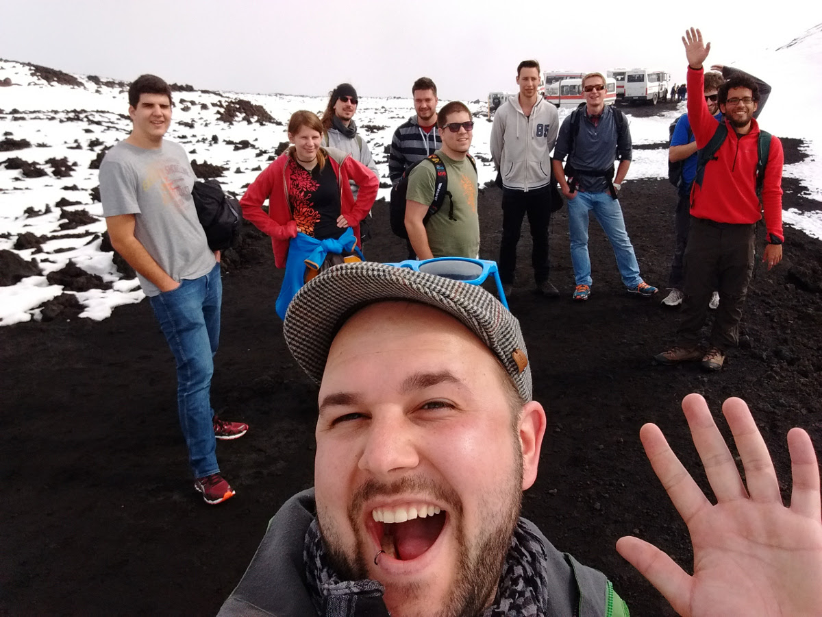 Renuo group selfie